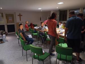 In den vergangenen fünfwochen gab es bei uns in der SMD einen dreisprachigen Glaubenskurs.